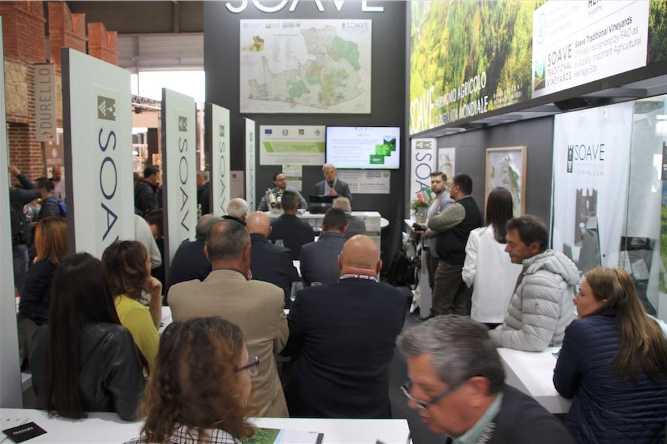 Pubblico Itaca a Vinitaly 2019